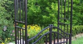 Oakland Living Royal Arbor with Gate