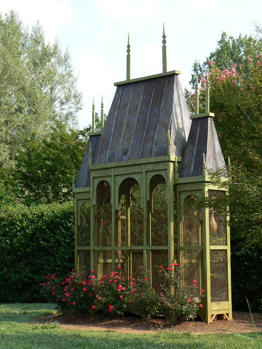 How to Create a Gothic Garden